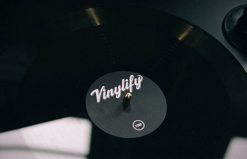 Dischi in vinile personalizzati vinylify stampa brani - Porta dischi vinile ...