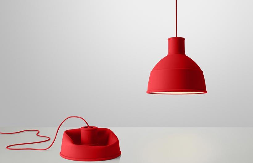 Muuto Unfold, lampada a sospensione in silicone. Puro Design.
